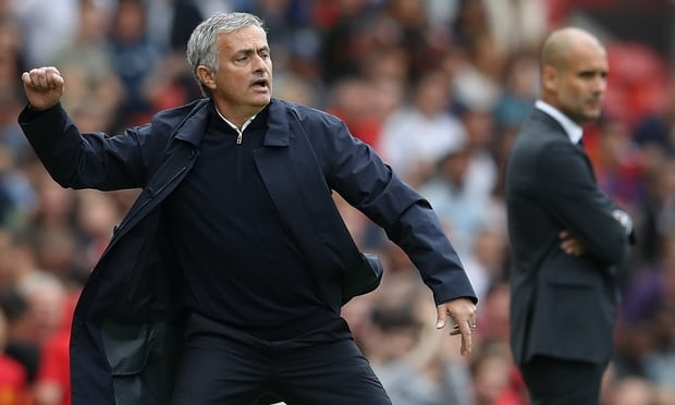 Guardiola dang pha ky luc, con Mourinho tu pha chinh minh hinh anh 1