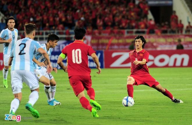 Cong Vinh: Phat trien V.League la cach tot nhat de bat kip Thai Lan hinh anh 3