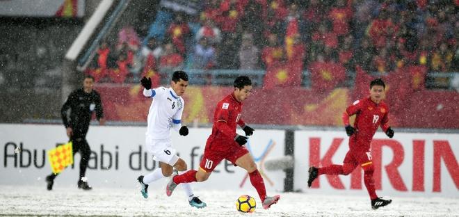 'U23 Viet Nam thua boi pha cham bong dau tien cua Sidorov' hinh anh 1