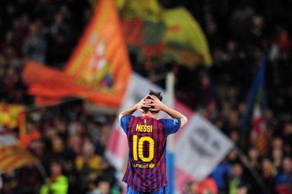 Neu Ronaldo la manh thu, thi Messi co gia tri bang ca hang cong hinh anh 4