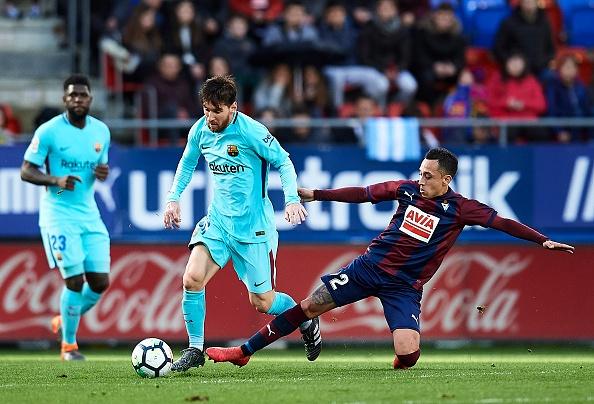 Neu Ronaldo la manh thu, thi Messi co gia tri bang ca hang cong hinh anh 1