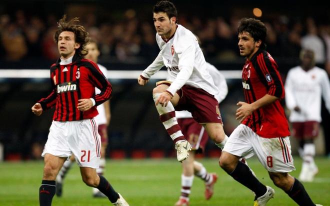 Vong 1/8 Europa League: Arsenal dung AC Milan hinh anh