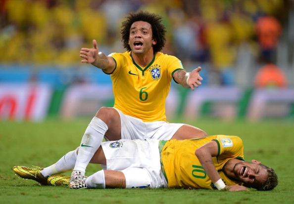 Neymar dang bien thanh trai dang cho PSG hinh anh 2