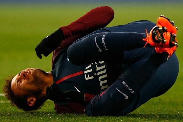 Neymar dang bien thanh trai dang cho PSG hinh anh 1