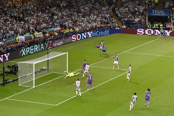 Bao Italy: Ronaldo, lai la anh? hinh anh 1
