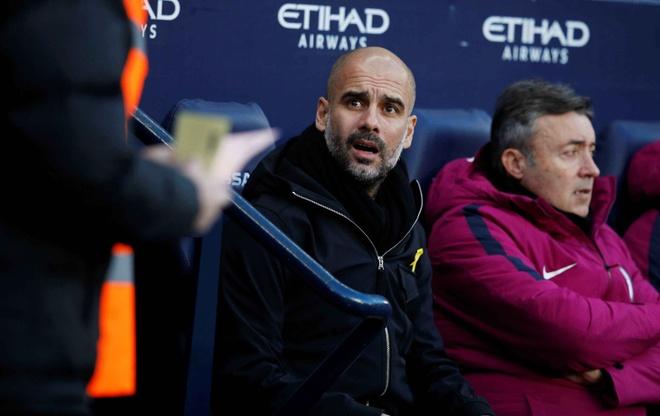 Dau MU, Pep Guardiola san sang dung doi hinh phu hinh anh 1