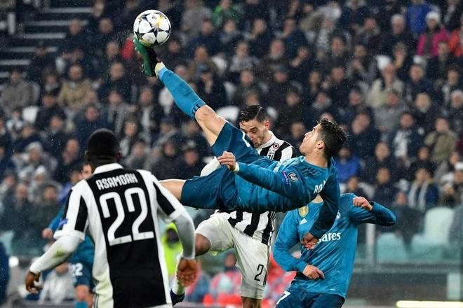 Ronaldo la sieu nhan, con Zidane sam vai quai kiet hinh anh