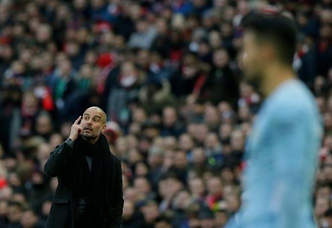 Pep Guardiola: Thien tai bi am anh boi nhung dieu nho nhat hinh anh