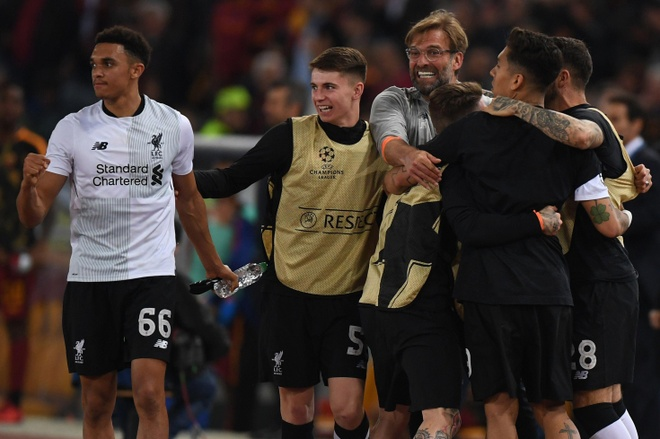 Liverpool - khi tang lop trung luu noi loan hinh anh