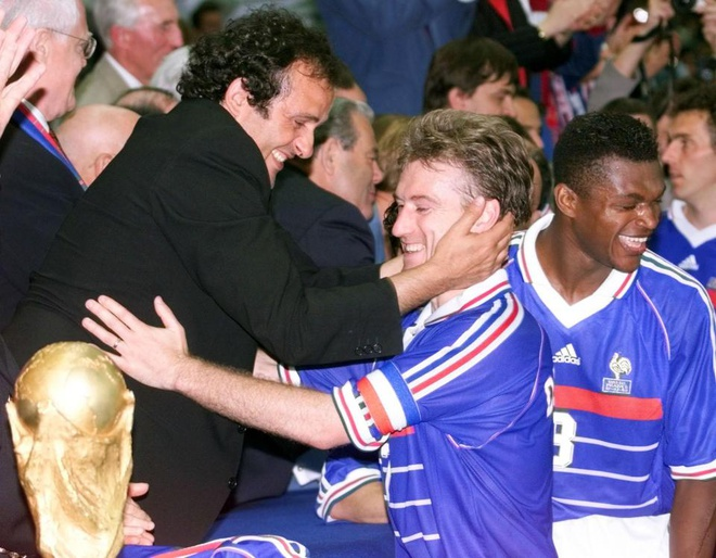 Platini: 'Dung thu doan de Phap gap Brazil o chung ket World Cup 1998' hinh anh