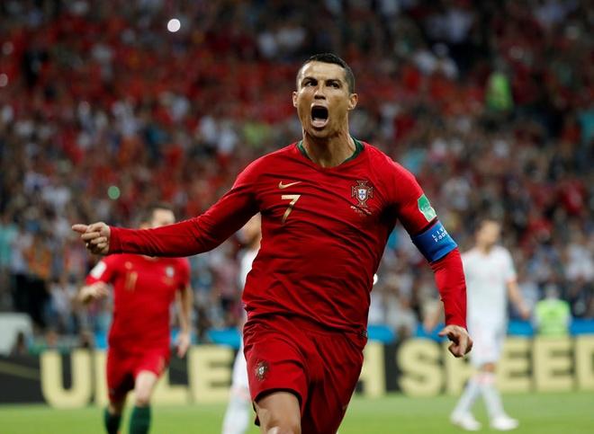 Tuyet voi, Cristiano Ronaldo! hinh anh