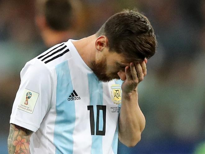 Tuyen Argentina - mot HLV kem va nhung con nguoi tam thuong hinh anh