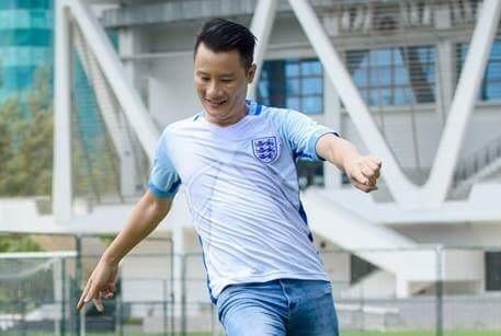 Ca si Hoang Bach chi ra yeu to khien Messi va Argentina de ve nuoc hinh anh