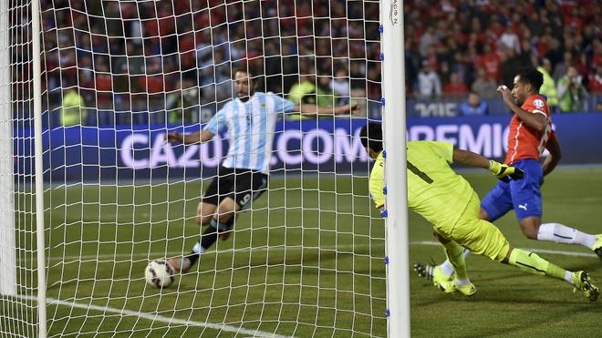 Gonzalo Higuain 'chan go' am tuyen Argentina den bao gio? hinh anh 2