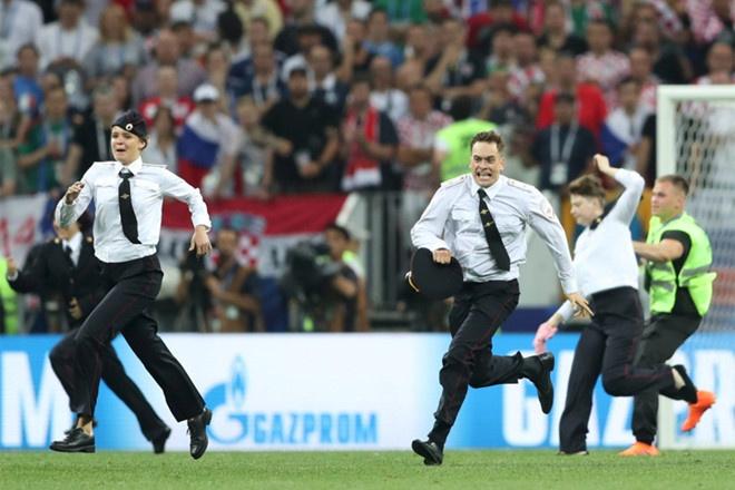Nhom nhac Nga lam gian doan chung ket World Cup 2018 linh an tu hinh anh 1