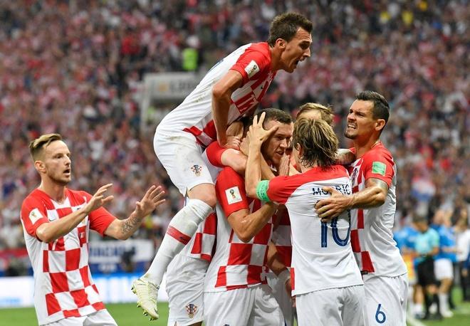 Tuyen Croatia va di san lon de lai o World Cup hinh anh