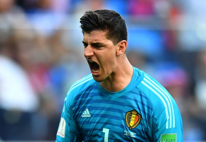 Thibaut Courtois khien cuoc chien thu mon o Real Madrid nong bong hinh anh 3