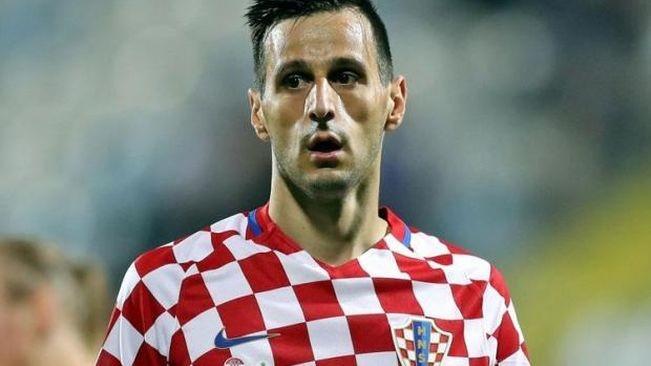Tien dao Croatia bi duoi ve nuoc tu choi nhan HCB hinh anh