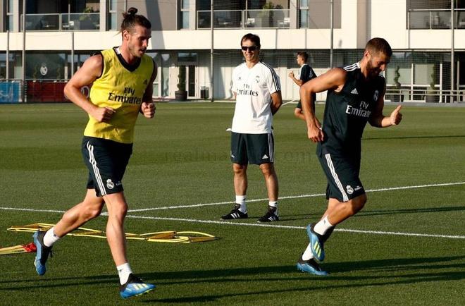 Ronaldo di, Benzema het noi nuong nau hinh anh 3