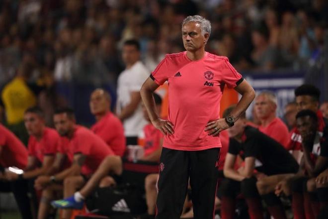Mourinho noi khong voi 'bom tan' Neymar va Mbappe hinh anh 2
