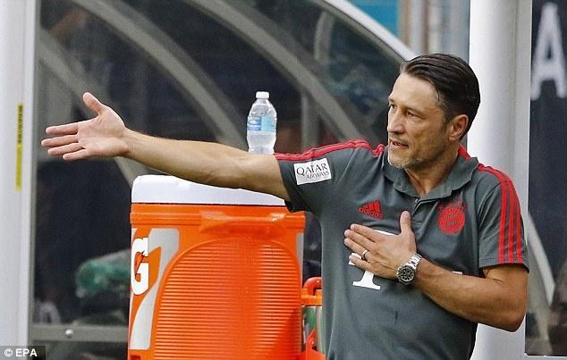 Bayern can than voi 'bom no cham' Lewandowski hinh anh 1