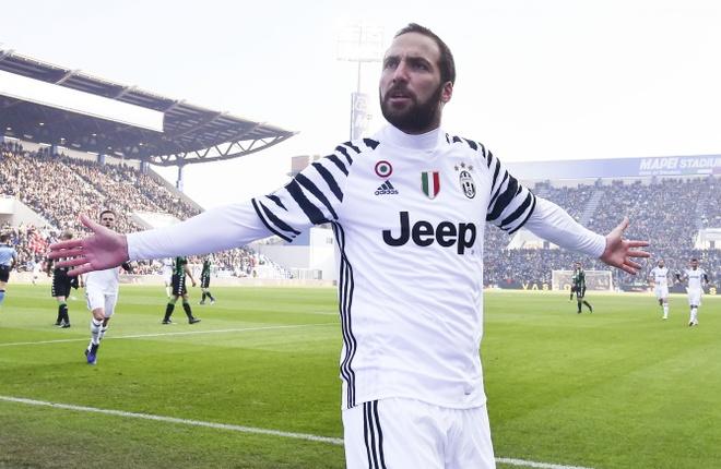 Gonzalo Higuain - O lai Italy de 'phuc thu' Ronaldo anh 2