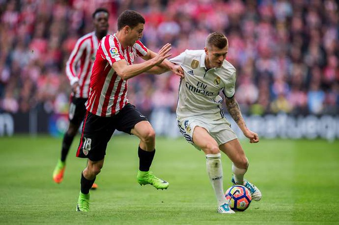 Toni Kroos hay nhat nuoc Duc: Cong ly duoc thuc thi hinh anh 1
