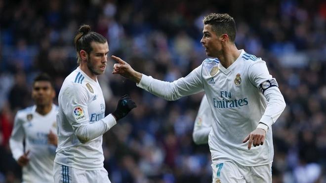 Gareth Bale tren duong xoa hinh bong Ronaldo o Real hinh anh