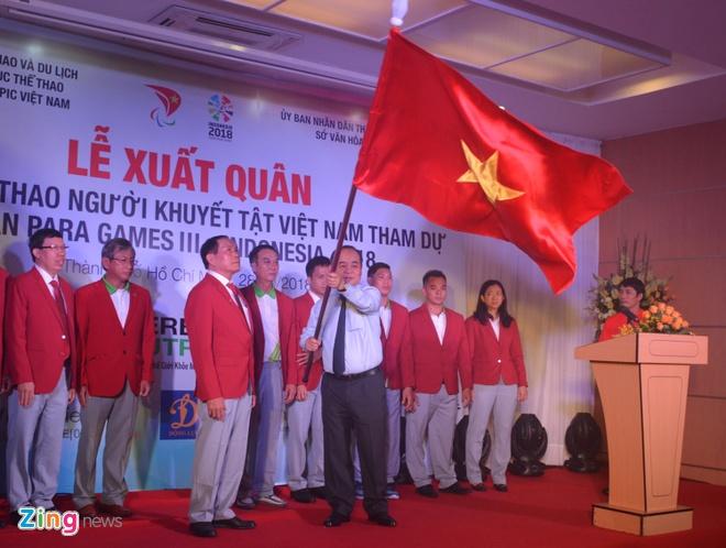 Do cu Le Van Cong chan thuong nang, lo Para Games 2018 hinh anh 2