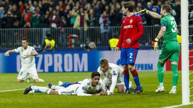 Real Madrid sa sut: Cai gia cho su ao tuong cua Perez hinh anh 2