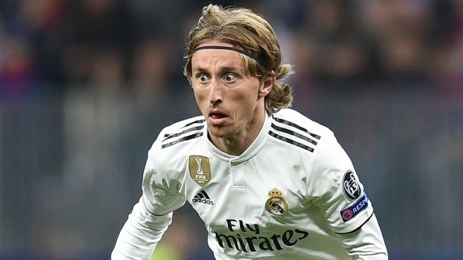 Real Madrid sa sut: Cai gia cho su ao tuong cua Perez hinh anh 1