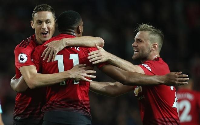 MU thang nghet tho: Vi Old Trafford khong phan boi Mourinho hinh anh 2