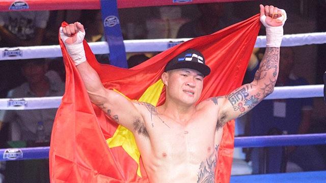 Vo si Truong Dinh Hoang thua tuc tuoi o tran quyen anh 400 trieu dong hinh anh