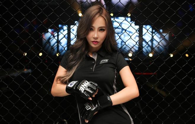 Lee Ji Na - 'Ring Girl' nong bong nhat lang One Championship hinh anh 1