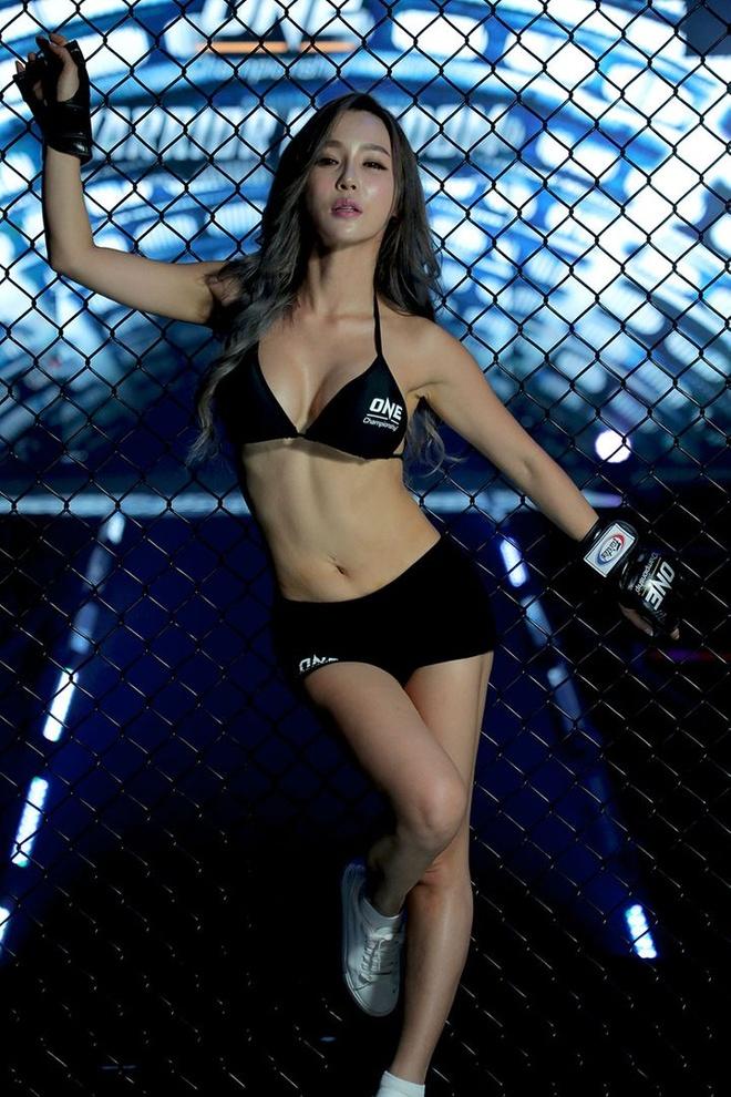 Lee Ji Na - 'Ring Girl' nong bong nhat lang One Championship hinh anh 6