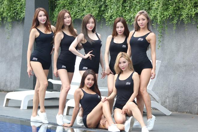 Mỹ nhân của One Championship chúc HLV Park Hang-seo vô địch AFF Cup