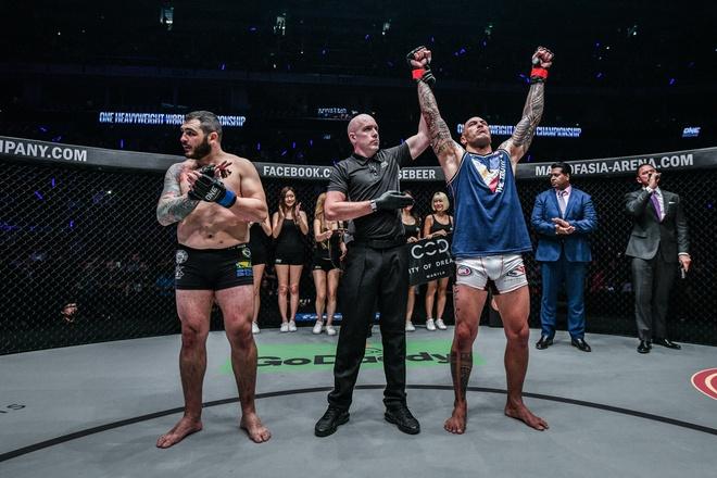Chu nha Philippines dai thang o giai MMA lon nhat chau A hinh anh 4