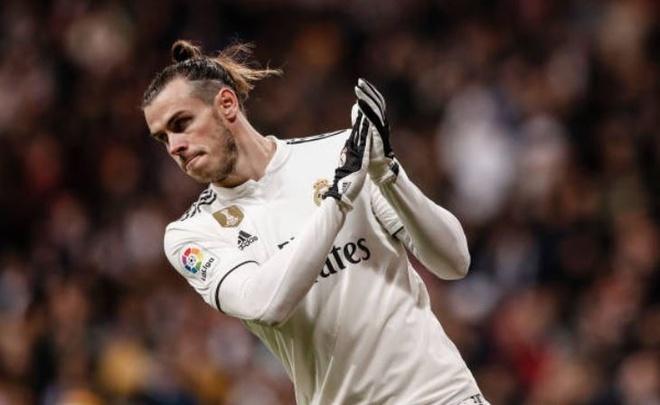 Thang toi thieu doi bet bang, Real tro lai top 4 La Liga hinh anh