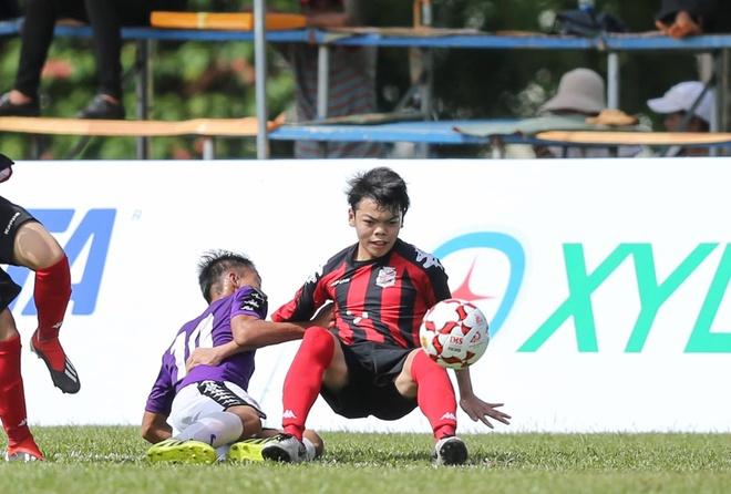 Dai su Nhat Ban tin tuyen Viet Nam se vo dich AFF Cup 2018 hinh anh