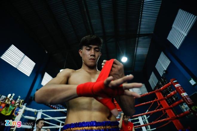 Dai chien Muay Thai: 'Doc co cau bai' Duy Nhat dau vo si Thai Lan hinh anh 1