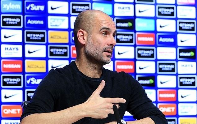 HLV Guardiola: 'Toi hieu cam giac 29 nam khong vo dich cua Liverpool' hinh anh