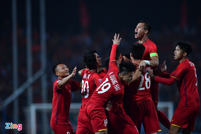 HLV Darby: 'Asian Cup se khang dinh cau thu Viet Nam nao xuat sac' hinh anh 1