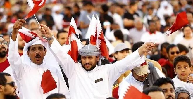 Bien nguoi Qatar do ra duong an mung chuc vo dich Asian Cup hinh anh 1