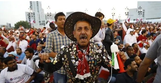 Bien nguoi Qatar do ra duong an mung chuc vo dich Asian Cup hinh anh 2