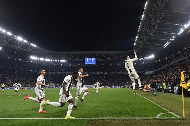 Ronaldo thanh vua danh dau nho cu bat nhay phi thuong hinh anh 1
