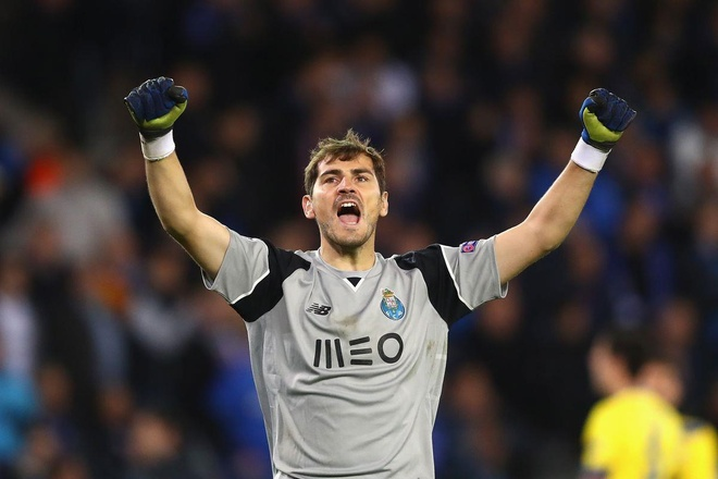 Iker Casillas va man tra thu ngot ngao voi Mourinho hinh anh 2