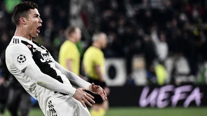 Ronaldo ngam to dong doi da thieu dung cam hinh anh