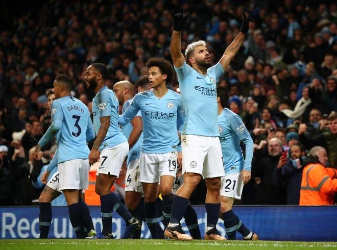 'O Manchester bay gio, Man City la doi bong hay nhat' hinh anh 1