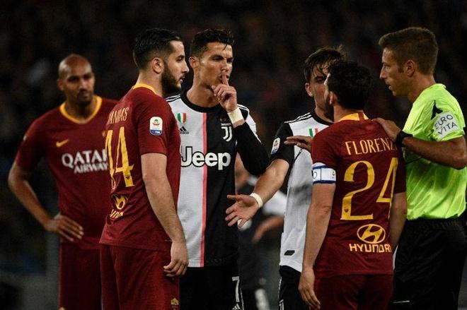 Ronaldo bẽ mặt sau khi chê đối thủ là thằng lùn - Ảnh 1.