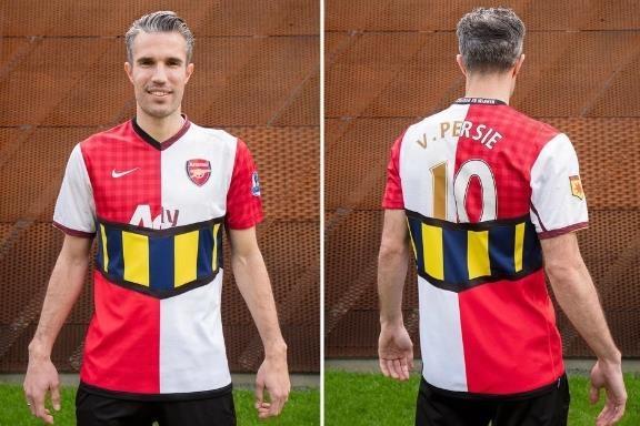 Fan Arsenal goi Van Persie la 'ran doc' hinh anh 1